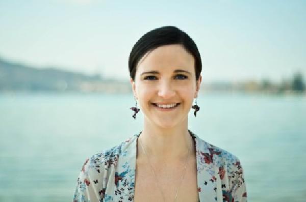 Elodie Michel, naturopathe certifiée pour humains et animaux à Annecy-le-Vieux